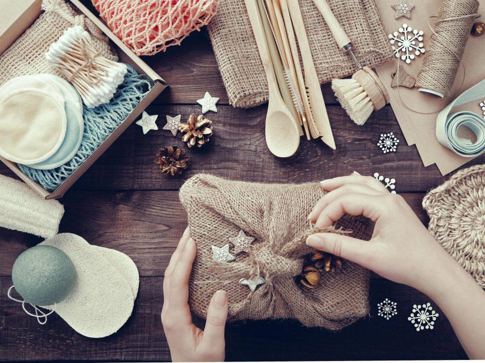 nachhaltigkeit-geschenk-naturkosmetik-abschminkpads-weihnachtsgeschenk-min